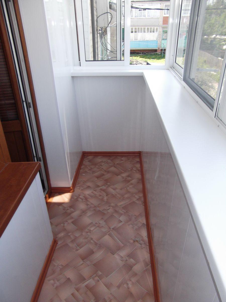 Чем покрыть пол на балконе в квартире..