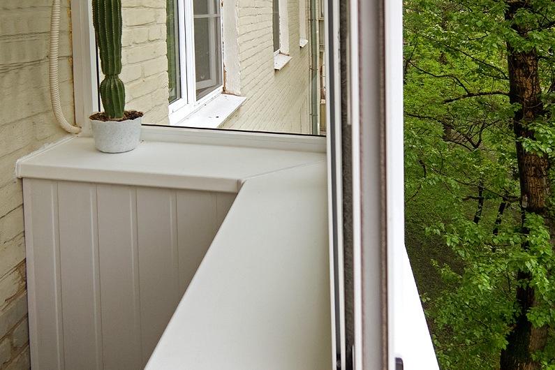 Установка подоконника на выносном балконе своими руками..