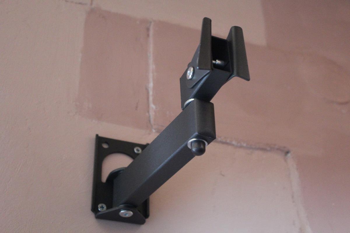 Самодельный кронштейн для телевизора на стену своими руками фото