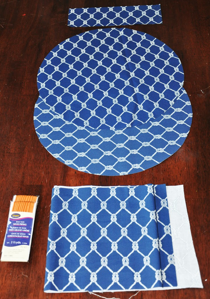 Заготовки из ткани для пуфика